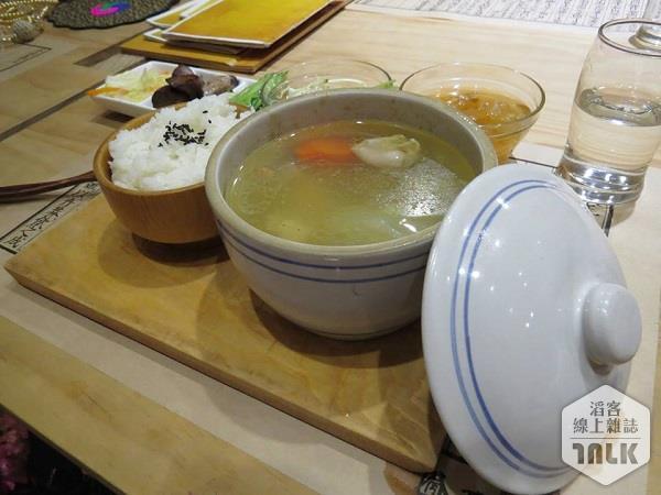 蜷川實花-dinner2.jpg