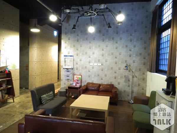昌吉一號記憶旅店.JPG