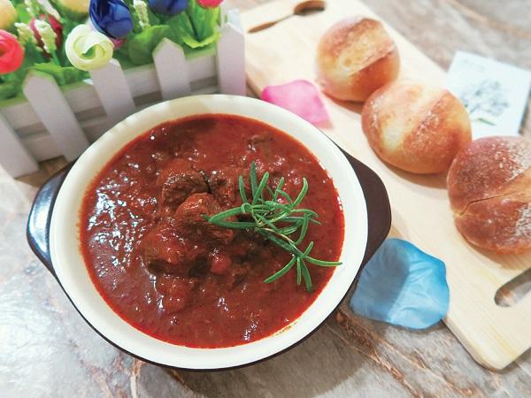 番茄奶油燉牛肉