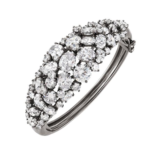 (003) 3. Deseo白色晶鑽黑金手環 NT$29,100.jpg