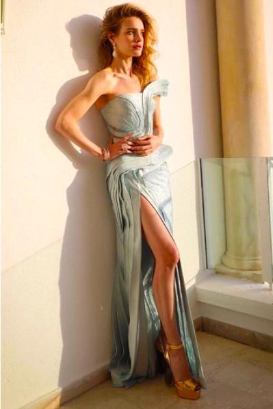 (004) 俄羅斯超模娜塔莉亞沃迪安諾娃(Natalia Vodianova)穿著Atelier V