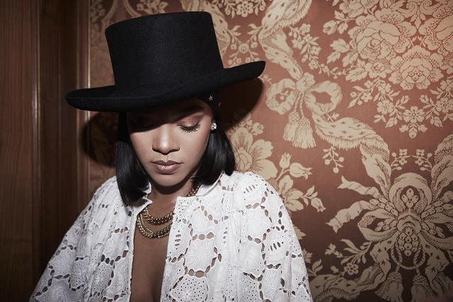 (016) Rihanna wears Chopard to the LVMH Prize, Par