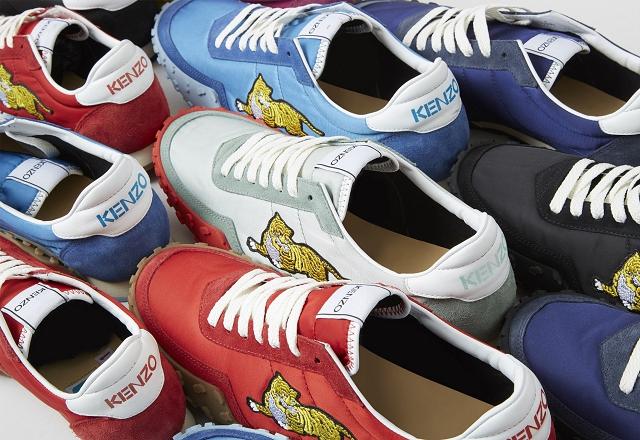 (004) KENZO MOVE系列運動鞋男女鞋款各備有五色可供選擇,男鞋包括:低調黑、酷炫藍、亮眼