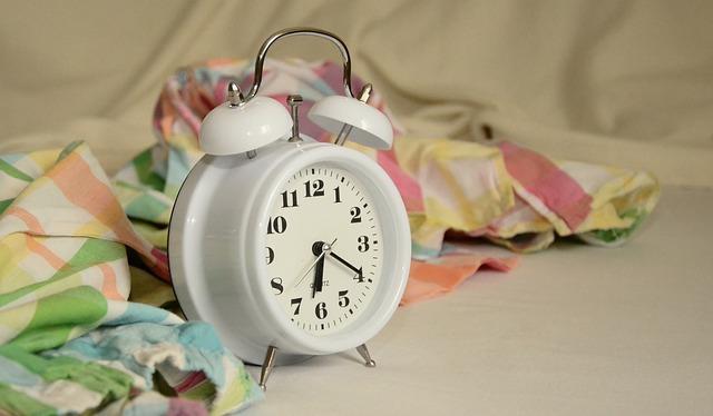 alarm-clock-1191561_640.jpg