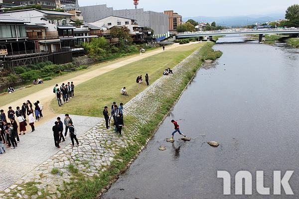 鴨川沿岸2.JPG