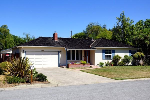 蘋果電腦發源地 位於加州Los Altos的車庫(取材自網路)