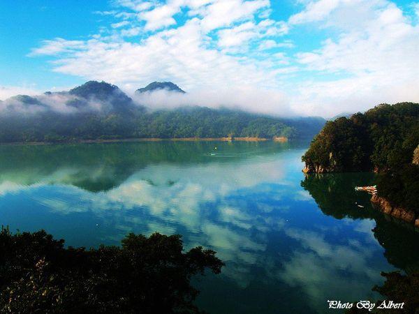 大溪湖畔咖啡.jpg