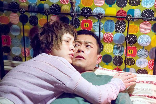 郭采潔在《巴黎假期》中行為失控 惡整室友古天樂1.jpg