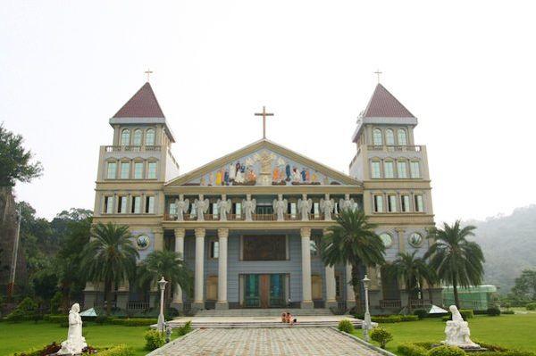 圓滿教堂Chang TunChiech.jpg