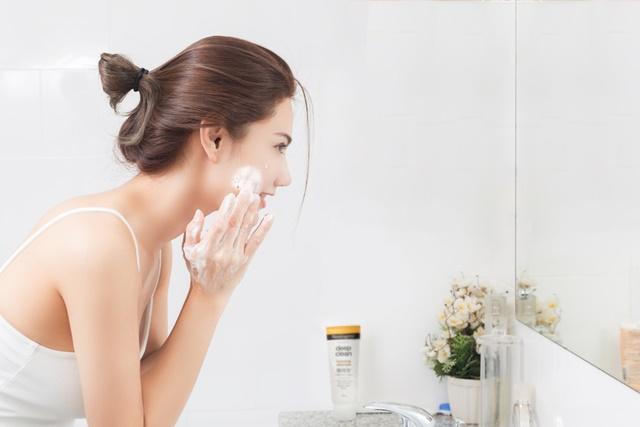 美國知名保養品牌露得清引用皮膚科醫師觀點,提出三大潔顏迷思!.jpg