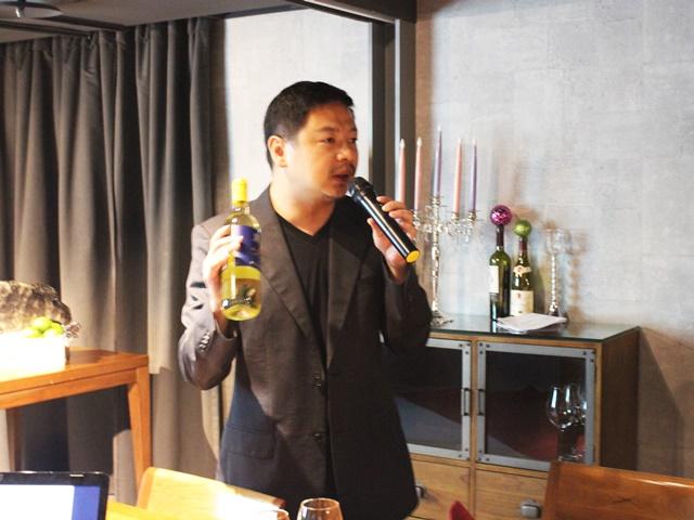 WINE-derful葡萄酒餐廳 陳彥勳總經理.JPG