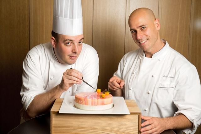 台北君悅酒店 - 芒果季 - 甜點主廚博豊安(左) 客座主廚Jason Licker 02.jpg