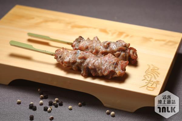 E級雞頸肉(手串本舖提供).jpg
