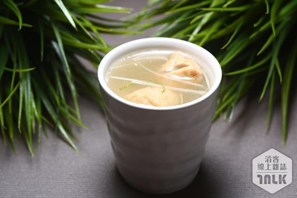S級國宴雞湯(一號糧倉提供).jpg