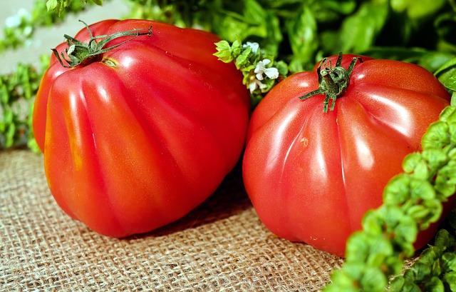 tomatoes-1586730_640.jpg