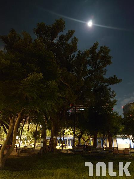 16 另一張夜景 (3).jpg