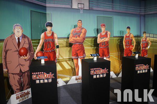 湘北籃球館與球員教練.jpg