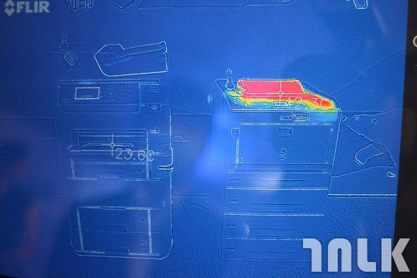 Heat-Free 噴墨技術影印機與一般影印機的產生熱能對照 (2).jpg