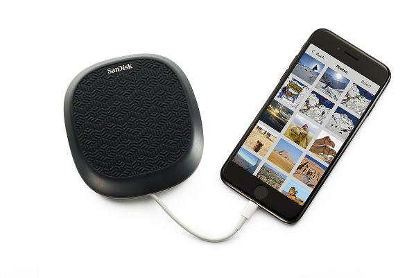 【圖說一】全新SanDisk iXpand Base可於充電時儲存照片與影片.jpg