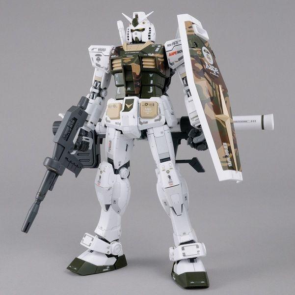 「MG 1100 AAPE RX-78-2 GUNDAM GRN-CAMO」-2.jpg