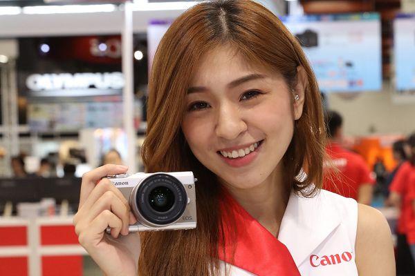 圖八::Canon宣佈推出一款專為女性打造的迷你單眼EOS M100.jpg